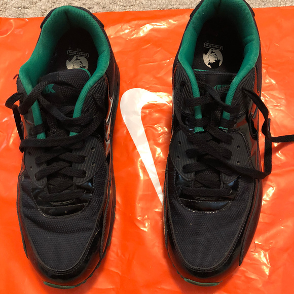 the best attitude 76e95 6db04 Nike Air Max Patent Leather Shoes Size 12